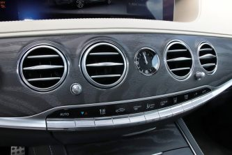 test-2019-mercedes-benz-s560e-plug-in-hybrid- (37)
