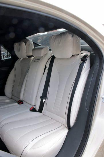 test-2019-mercedes-benz-s560e-plug-in-hybrid- (42)