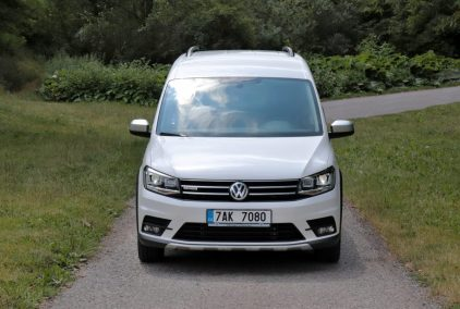 test-2019-volkswagen-caddy-alltrack-20-tdi-110-kw-dsg-4motion- (1)