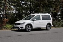 test-2019-volkswagen-caddy-alltrack-20-tdi-110-kw-dsg-4motion- (20)