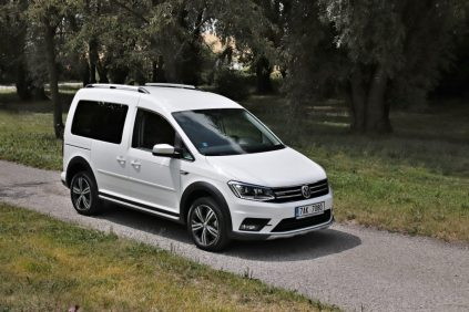 test-2019-volkswagen-caddy-alltrack-20-tdi-110-kw-dsg-4motion- (9)