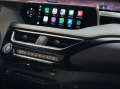 2019-lexus-ux-carplay