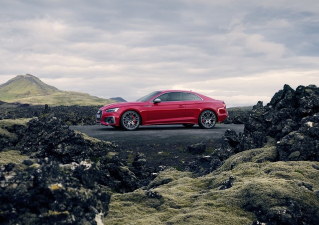 2020-audi-s5-coupe- (8)
