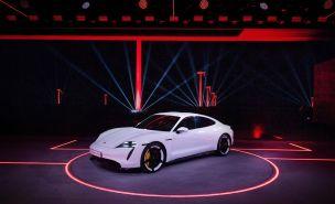 elektromobil-porsche-taycan- (3)