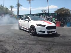 ford-fusion-mondeo-motor-mustang-50-v8-video