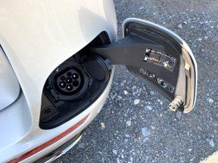 test-2019-mercedes-benz-e300de-kombi-plug-in-hybrid- (21)