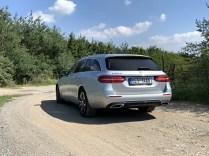 test-2019-mercedes-benz-e300de-kombi-plug-in-hybrid- (5)