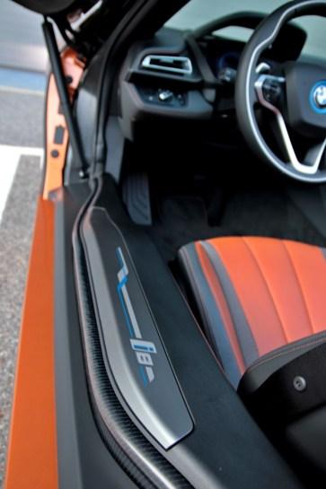 test-2019-plug-in-hybridu-bmw-i8-roadster- (27)