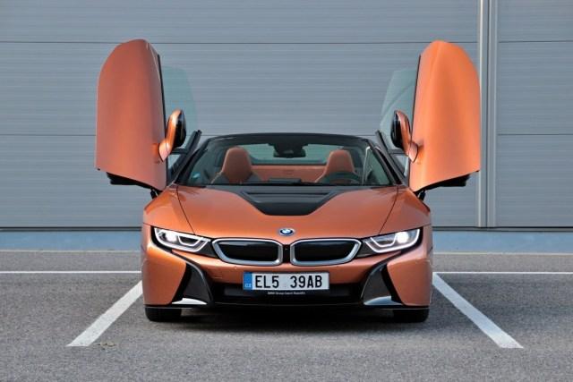 test-2019-plug-in-hybridu-bmw-i8-roadster- (8)