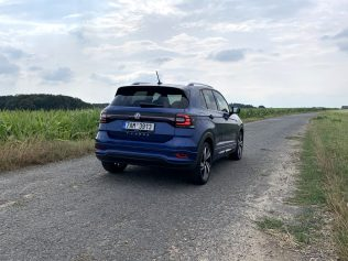 test-2019-volkswagen-t-cross-10-tsi-85-kw- (10)