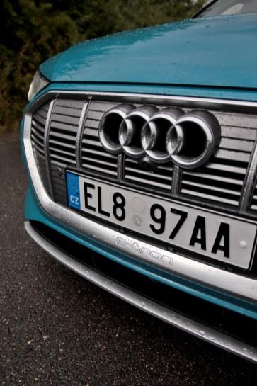 test-elektromobilu-2019-audi-e-tron-55-quattro- (13)