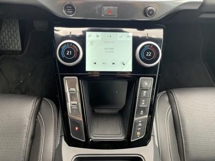 test-elektromobilu-2019-jaguar-i-pace- (40)