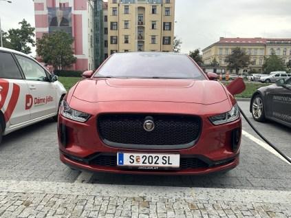 test-elektromobilu-2019-jaguar-i-pace- (51)