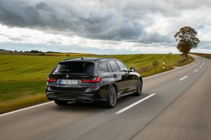 2019-bmw-m340i-xdrive-touring- (16)
