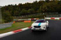 elektromobil-jaguar_i-pace_race_etaxi_nurburing-04