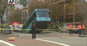 autobus v díre