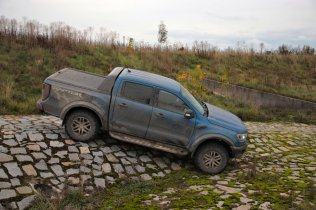 test-2019-ford-ranger-raptor- (54)