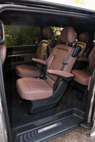 test-2019-mercedes-benz-v-300d-4matic-facelift- (40)
