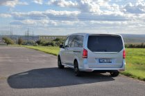 test-2019-mercedes-benz-v-300d-4matic-facelift- (6)