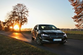 test-2019-skoda-superb-facelift- 20-tdi-evo-110-kw-dsg-laurin-a-klement- (21)