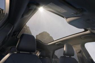 2020-Ford-Mustang-Mach-e-elektromobil- (28)