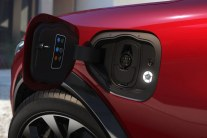 2020-Ford-Mustang-Mach-e-elektromobil- (9)