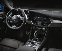 Alfa-Romeo_Giulia-a-Stelvio-interier-MY2020- (2)