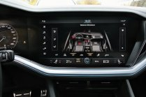 srovnavaci-test-2019-bmw-x5-volkswagen-touareg-benzin- (53)
