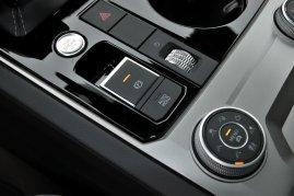 srovnavaci-test-2019-bmw-x5-volkswagen-touareg-benzin- (55)