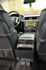 test-2010-volkswagen-phaeton-30-tdi-v6-176-kW-4motion- (42)