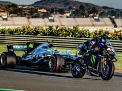 Lewis_Hamilton_a_Valentino_Rossi
