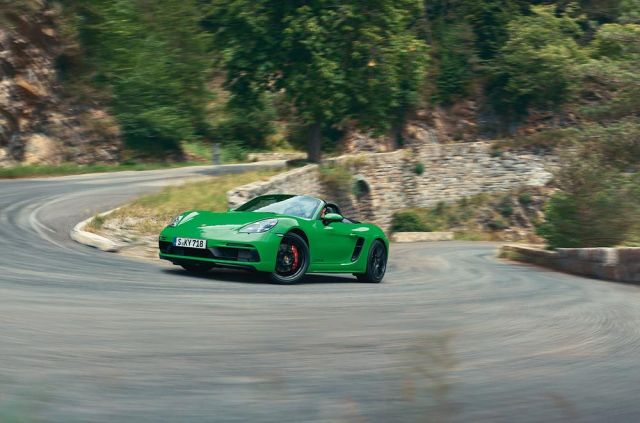 2020-Porsche-718-Boxster-GTS-40-h6-1