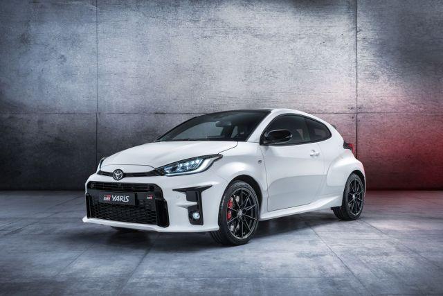 2020-Toyota_YARIS_GR_ (2)