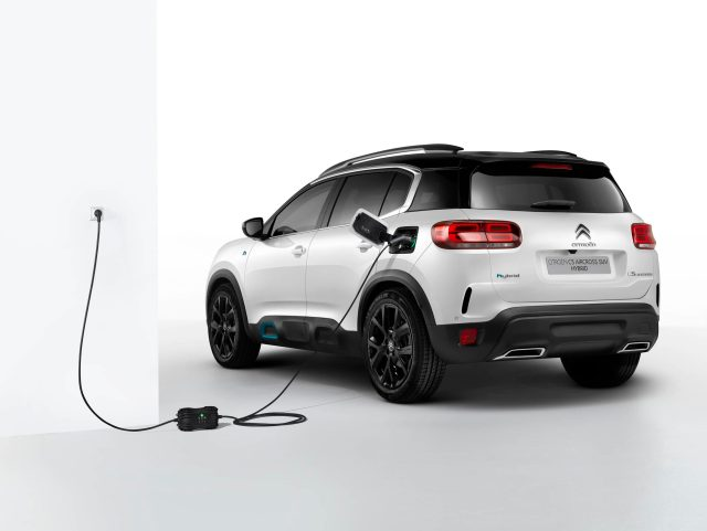 Citroen-C5-Aircross-Hybrid-02-scaled