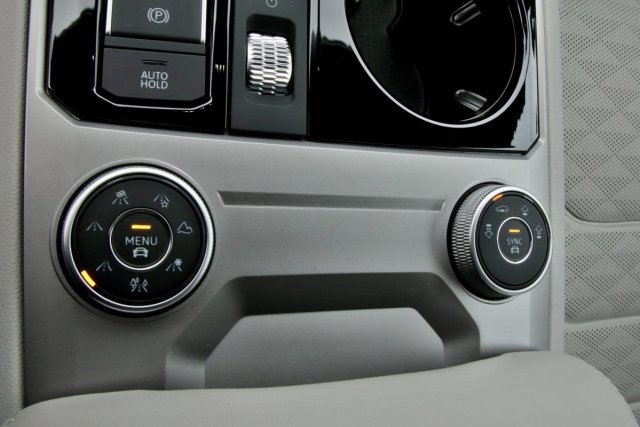test-2020-volkswagen-touareg-v8-40-tdi-4motion- (33)