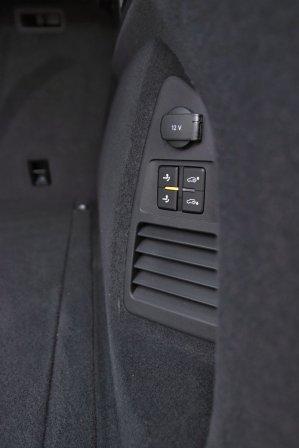 test-2020-volkswagen-touareg-v8-40-tdi-4motion- (40)