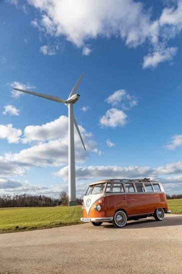Volkswagen-T1-e-BULLI-elektromobil- (1)