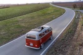 Volkswagen-T1-e-BULLI-elektromobil- (4)