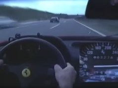 ferrari-f40-320-kmh-na-dalnici-video