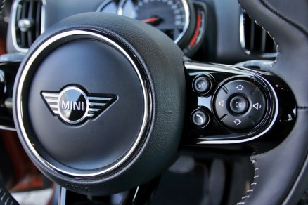 test-2020-mini-s-e-countryman-plug-in-hybrid- (25)