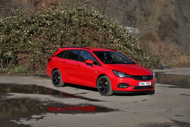 test opel astra sports tourer 1.5 cdti 90 kw at9 (2020)
