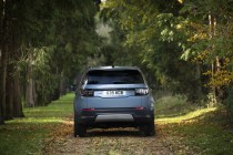 2020-Land_Rover_Discovery_PHEV- (4)