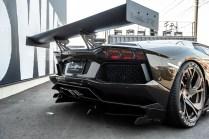 Lamborghini-Aventador-Liberty-Walk- (8)
