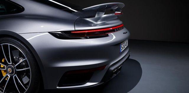 Porsche_911_Turbo_S-992-aerodynamika-zadni-kridlo- (5)