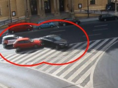 nehoda-audi-a6-mestska-policie-praha-video