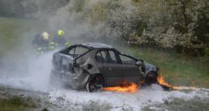 seat-leon-nehoda-pozar-3