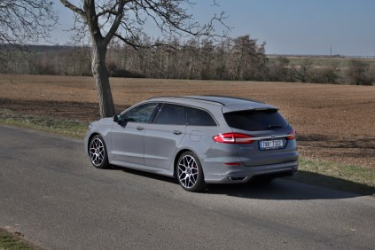 test-2020-ford-mondeo-kombi-st-line-20-ecotec-140-kw-awd-8at- (17)