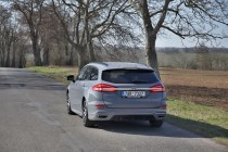 test-2020-ford-mondeo-kombi-st-line-20-ecotec-140-kw-awd-8at- (18)