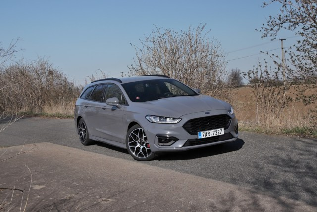 test-2020-ford-mondeo-kombi-st-line-20-ecotec-140-kw-awd-8at- (2)