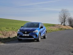 test-2020-renault-captur-155-edc- (2)